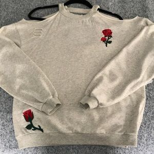 Distressed cold should sweatshirt